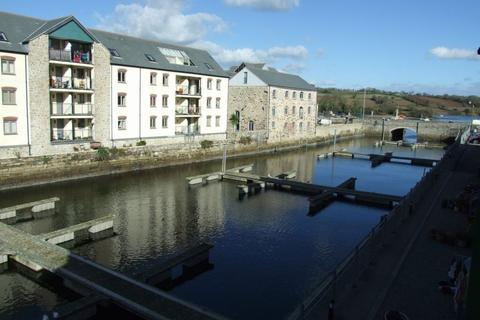 2 bedroom flat to rent - Waters Edge Apartments - Penryn