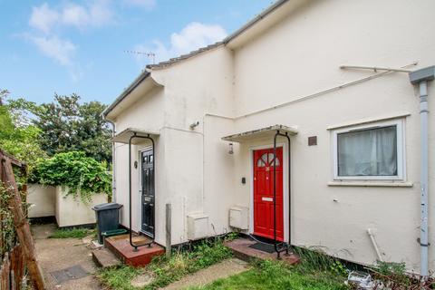 1 bedroom maisonette for sale - Charnwood Avenue, Chelmsford