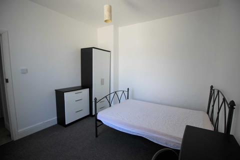 1 bedroom house share to rent - Sydney Street, Plymouth, PL1