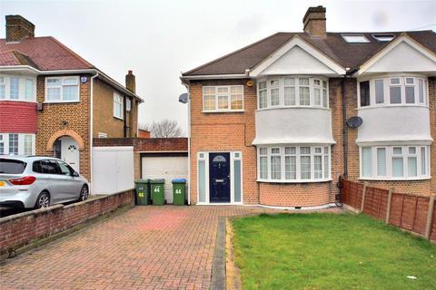 3 bedroom semi-detached house to rent - Crathie Road, London, SE12