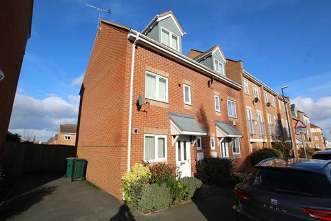 3 bedroom semi-detached house to rent - Common Way, Coventry