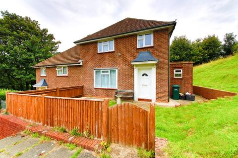 5 bedroom house share to rent - Auckland Drive, Brighton