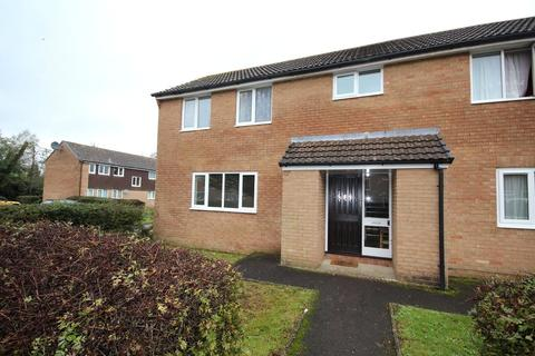 Studio to rent - Willow Drive, Ringwood, Hampshire, BH24