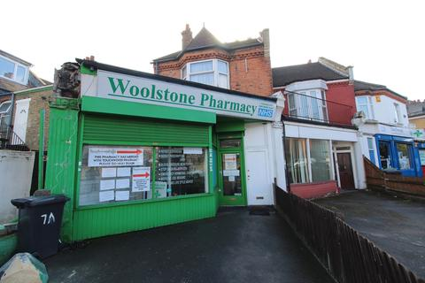 Shop to rent - St. Georges Parade, Perry Hill, Catford, SE6
