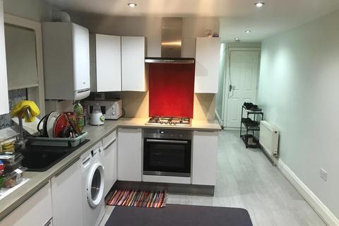 2 bedroom flat to rent - Harrow, HA1