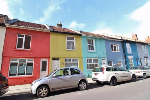 2 bedroom terraced house to rent - Exmouth Road, Southsea