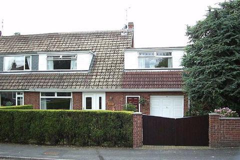 4 bedroom semi-detached house to rent - Elm Drive, HU17