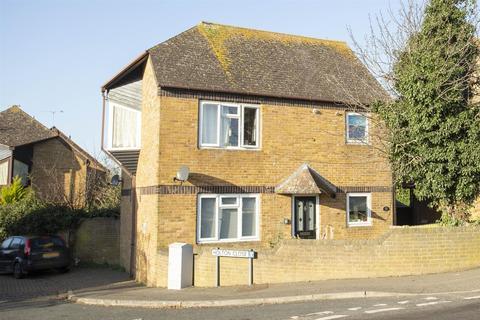 2 bedroom flat for sale - Park Lane, Birchington