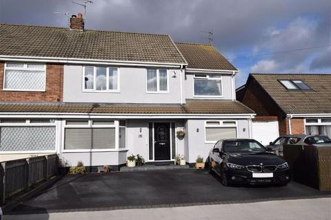 4 bedroom semi-detached house for sale - Windsor Drive, Cleadon