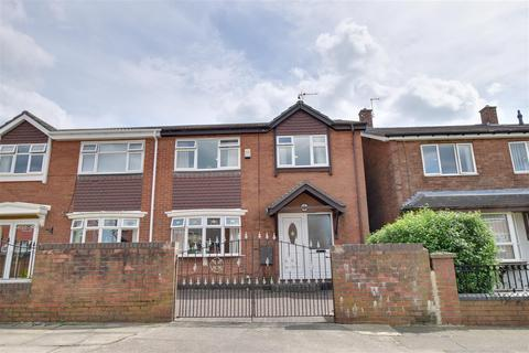 3 bedroom semi-detached house to rent - Barking Crescent, Town End Farm, Sunderland