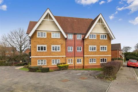 2 bedroom flat for sale - Brisley Close, Ashford, Kent