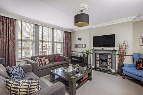 3 bedroom flat for sale - Cavendish Road, Clapham South, London
