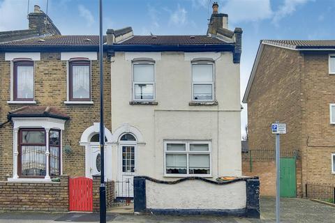 3 bedroom house for sale - Braemar Road, London