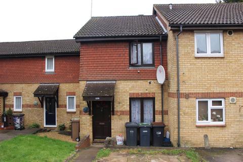 2 bedroom terraced house for sale - Gilderdale, Luton