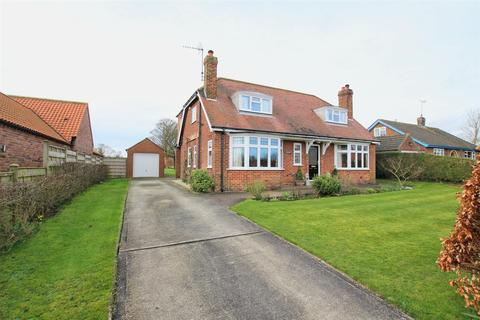 4 bedroom detached house for sale - Back Street, Bainton, Driffield