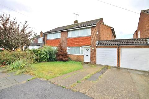 3 bedroom semi-detached house for sale - Stratton Road, Sunbury-on-Thames, Surrey, TW16