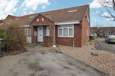 1 bedroom bungalow for sale - Northumbrian Way, North Shields, Tyne and Wear, NE29 6XQ
