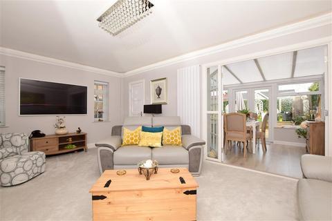 3 bedroom semi-detached house for sale - Helvellyn Avenue, Ramsgate, Kent