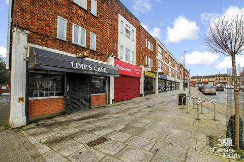 Restaurant for sale - Limes Cafe, Winchmore Hill, N21  - Successful Commercial Business with Residential Unit (Four Bedroom Maisonette)