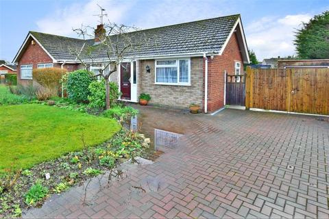 2 bedroom semi-detached bungalow for sale - Rushford Close, Headcorn, Kent