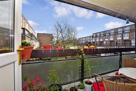 2 bedroom maisonette for sale - Hulverston Close, South Sutton, Surrey
