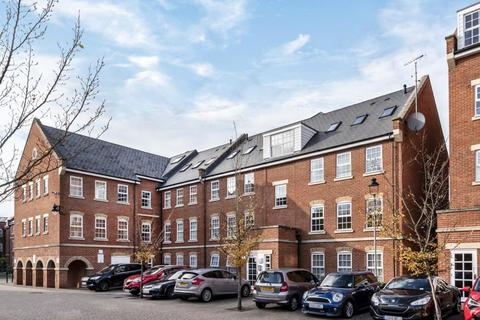 2 bedroom apartment to rent - Florey Gardens, Aylesbury, HP20