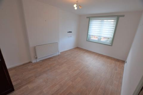 2 bedroom flat to rent - Middlefield Terrace, Aberdeen, AB24