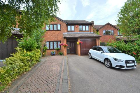 4 bedroom detached house to rent - Valley Park