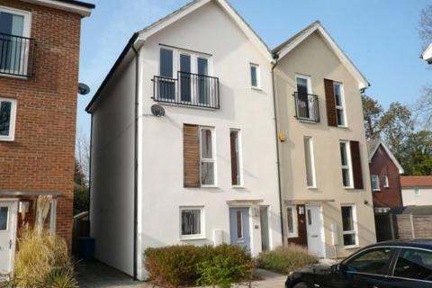 4 bedroom house to rent - The Parks, Bracknell, RG12