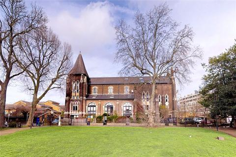 2 bedroom flat for sale - Steeple Court, Coventry Road, London, E1