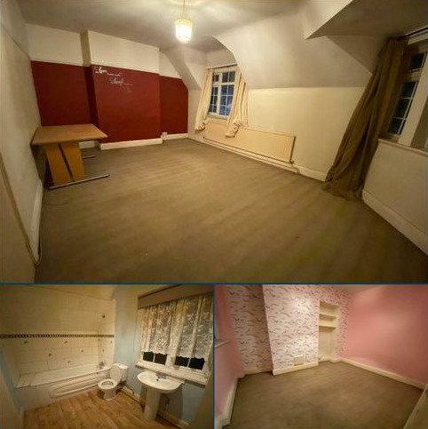 2 bedroom maisonette to rent - Wood lane, Martins Corner, Dagenham, london  RM9