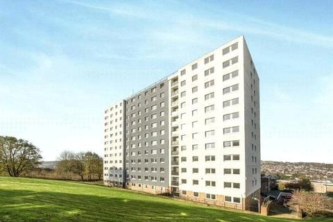 2 bedroom apartment to rent - Parkwood Court, Parkwood Rise, Keighley, West Yorkshire, BD21