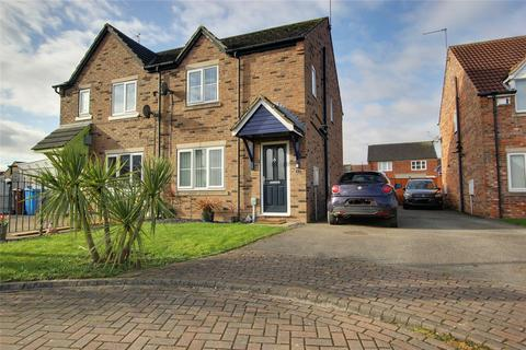 3 bedroom semi-detached house for sale - Marbury Park, Kingswood, Hull, East Yorkshire, HU7