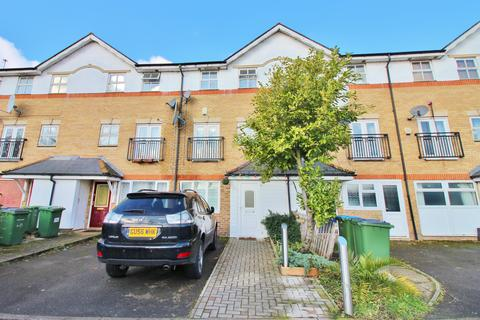 4 bedroom townhouse for sale - Lakeside Avenue, Thamesmead, London, SE28 8RU