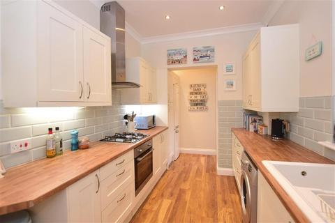 3 bedroom terraced house for sale - Queenborough Road, Minster On Sea, Sheerness, Kent