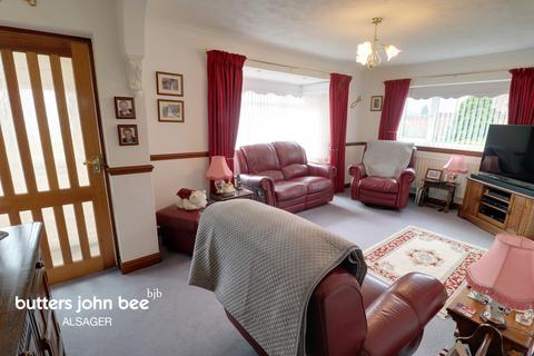 3 bedroom bungalow for sale - Worcester Close, STOKE-ON-TRENT