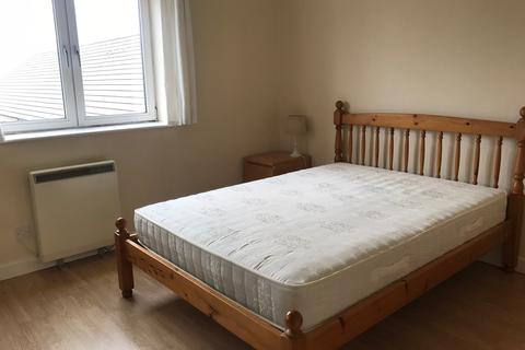 1 bedroom flat share to rent - Jetty Court, Old Belgate Place, London E14