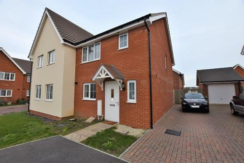 3 bedroom semi-detached house to rent - Gladys Avenue, Peacehaven BN10 8FF