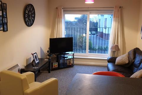 2 bedroom apartment to rent - Mindrum Terrace, North Shields, NE29 7BX