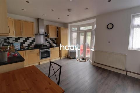 3 bedroom semi-detached house to rent - Ferrymead Drive, GREENFORD UB6