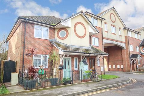 3 bedroom end of terrace house for sale - Milburn Close, WESTBOURNE, BOURNEMOUTH, Dorset