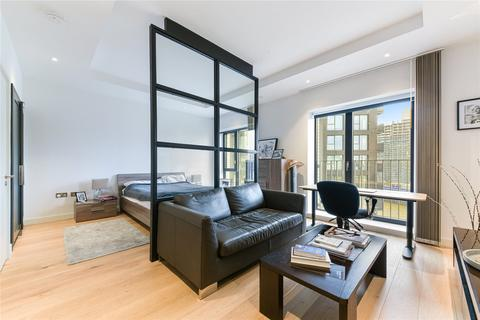 Studio to rent - Grantham House, 46 Botanic Square, London, E14