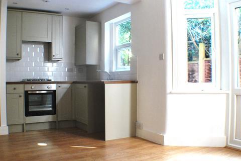 2 bedroom flat to rent - Hampshire Road, Wood Green, London, N22