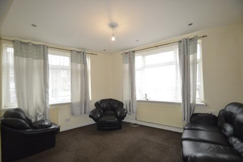 3 bedroom maisonette to rent - Ripple Road, Dagenham