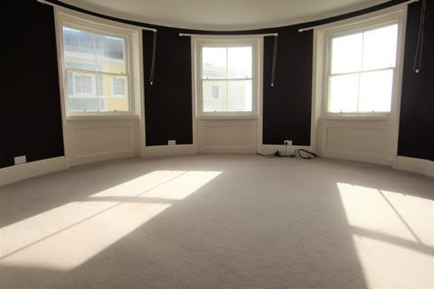 2 bedroom flat to rent - Hastings, East Sussex