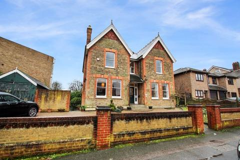 5 bedroom detached house to rent - Granville Road, Sidcup