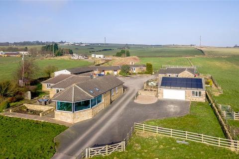 4 bedroom bungalow for sale - Woodlands Farm, Cross Lane, Guiseley, Leeds, West Yorkshire