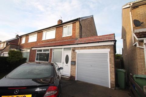 3 bedroom semi-detached house to rent - Stainton Road, Billingham