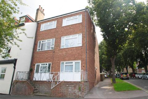 1 bedroom house share to rent - River Street, Gillingham, Kent