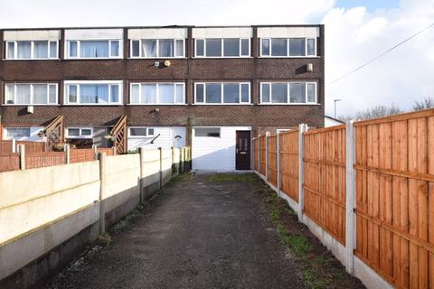 3 bedroom townhouse for sale - Whitchurch Way, Runcorn